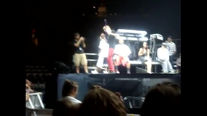 Justin Bieber - Teach Me How To Dougie Jerk