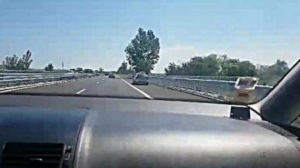 Шофиране в аварийна лента
