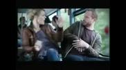 Myje ne spete v avtobusa Smiah