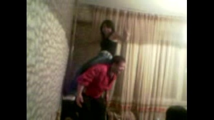 Надя Танцува На Гърба На Таза (Пипо)