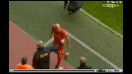 Футболист на Ливърпул скочи на сър Алекс !