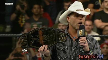 Шон Майкълс показва новите N X T Tag Team Titles и открива турнира по двойки - N X T 24.01.2013