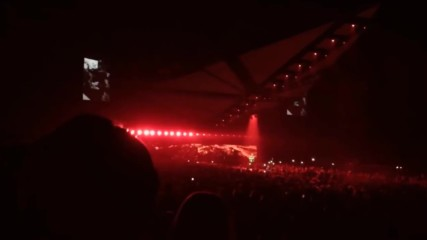 подсъзнателно програмиране в концерт на The Weeknd