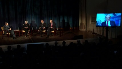 USA: 4 Federal Reserve Chairs appear together for questions on economy