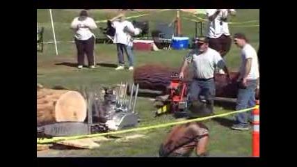 Св.рекорд за най - голяма и мощна дърворезачка !!