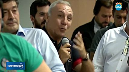 "Христо Стоичков с оферта отново да играе в ""Барселона"""