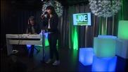 Lauren Anny J - Out Here On My Own (live bij Joe)