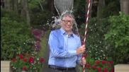Бил Гейтс се включи в заливането с ледена вода