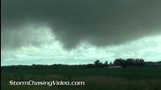 Торнадови фунии в Ел Дорадо , Канзас 9.6.2014