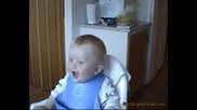 Много Заразителен Детски Смях