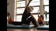 В час по физическо - йога