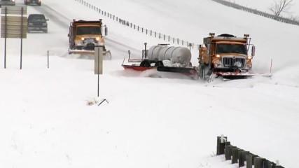 Почистване на сняг в белите държави... само може да си мечтаем!