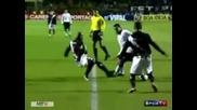 Феномена Роналдо се гаври с противник - Смях
