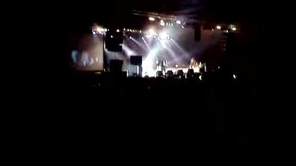Redman Скача При Публиката (live In Sofia)