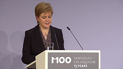 Germany: SNP leader Nicola Sturgeon receives award for defence of European values