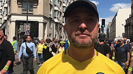 France: Yellow Vests show support for Assange during week 31 of protests
