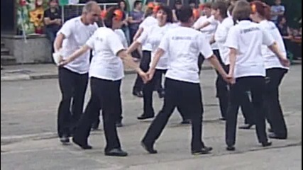 Школата за народни танци в , , Шоплукъ, , фестивал - дръж се земьо шоп те гази