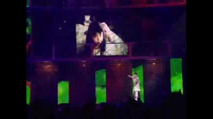 Eminem Live - Mockingbird
