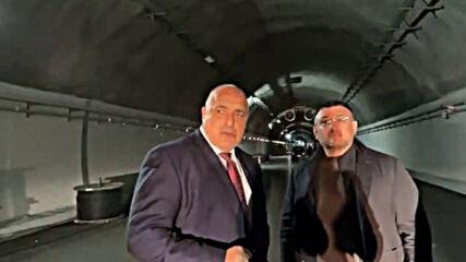 Навръх националния празник премиерът Бойко Борисов отново тръгна на инспекция