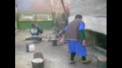 Дървар Реже Дърва За Огрев
