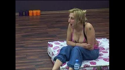 Big Brother Family - Що е то? Пръдлива гъба... 28.03.2010