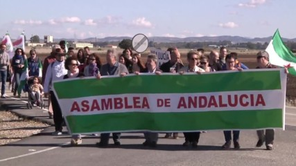 Spanish: Protesters rally against US' Moron Air Base