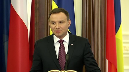 Ukraine: Poland's Duda says Ukraine should attend 2016 NATO summit in Warsaw