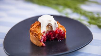 Мини тартове с малини и кокос | Гурме за всеки ден: Десерти | 24Kitchen Bulgaria