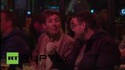 Парижките заведение запазиха минута мълчание за жертвите от атентатите