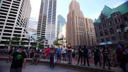 USA: Hundreds gather for peaceful protest in central Minneapolis
