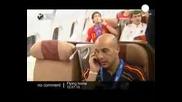 Испанците в Самолета след победата !