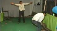 Индийска дискотека...да Пукнеш От Смях !!!