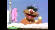 Улица Сезам / Sesame Street Ernie and his Rubber Duckie