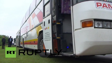 Croatia: Refugees bused to camps before heading to Hungarian border