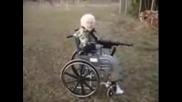 Бабичка Със Шмайзер