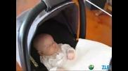 Хитър начин да преспиш детето