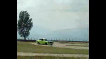 Търкане на гуми - картинг писта Сопот