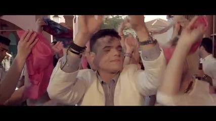 Превод New Giorgos Daskalakis - Ti Travao ( Official Video Clip 2014 )