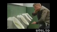 10 нещa който не трабва да правите в мъжката таолетната