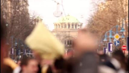 Световен Ден на боя с Възглавници, 2 април, 2011 @ София - Официално Видео!