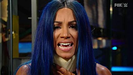 Bayley blindsides Sasha Banks' interview: SmackDown, Sept. 18, 2020