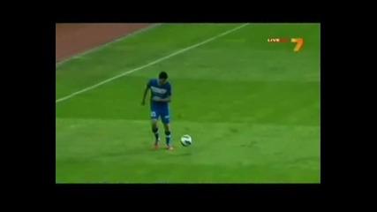 Левски вкарва важни голове в последните секунди
