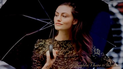 Phoebe Tonkin feels lovely the way she is...