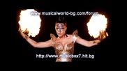 Как изглежда Галена в си към песента - На две големи 2010 Dj Vlado Remix