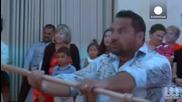 """Емоционалният Новозеландски ритуал """"haka"""" просълзи булката по време на сватба"""
