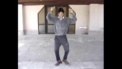 митко танцува и пее - смешно 2