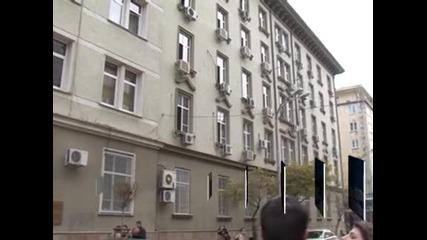 Дянков даде указания да не се начислява ДДС върху дарителските SMS-и