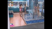 Secret Story 4_ As meninas tomam duche