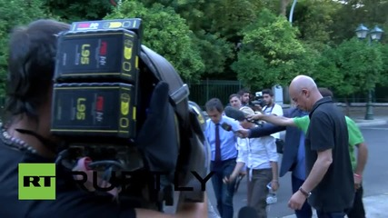 Greece: Dragaskis and Pappas leave Maximos Mansion ahead of Eurogroup talks