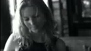 Hit** Vasili Gavre ft. Emme - Do You Have {official Video}